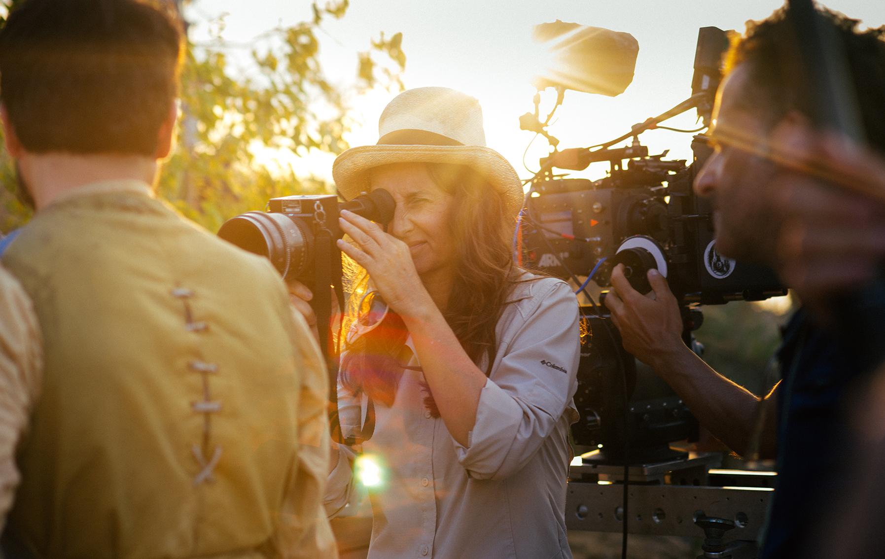 """Lucretia Martel bei den Dreharbeiten zu """"Zama"""""""